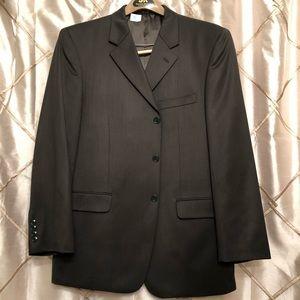 Men's Suit PERFECT!